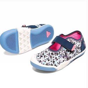 Go Plae Chloe Girl Toddler Blue Pink Shoes 7 PLAE